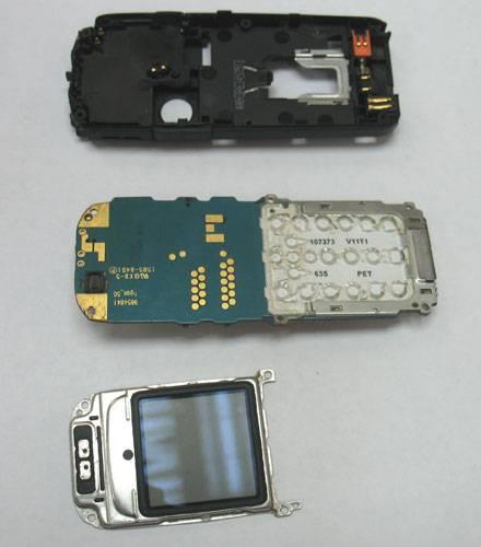 Разобранный телефон